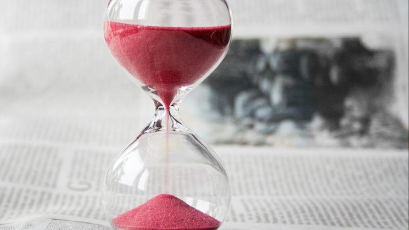 hourglass-620397_1920.jpg